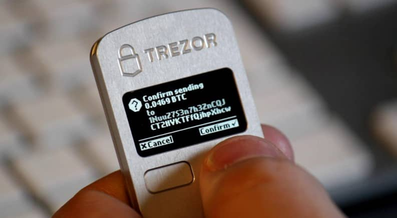 Cold Bitcoin Storing using Trezor